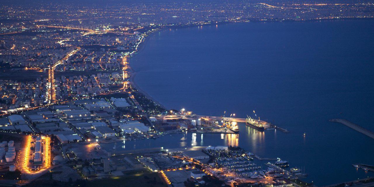 Antalya'da altı ayda bin 934 şirket kuruldu