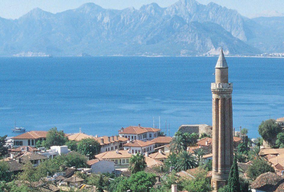 Antalya'da konut satışı yüzde 25 arttı