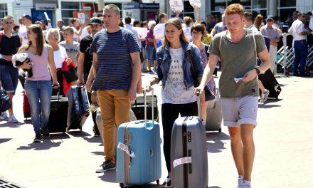Turizm Sektöründe Yüzde 90'ın Üzerinde Daralma Yaşanıyor. Antalya Afet Bölgesi İlan Edilsin