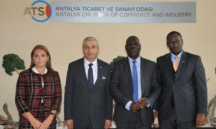 Uganda Cumhuriyeti Ankara Büyükelçisi ATSO'yu Ziyaret Etti