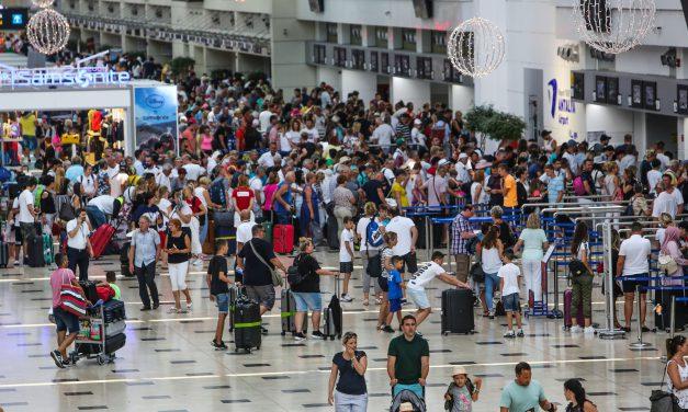 Antalya'da yaşayan yabancı sayısı 94 bine ulaştı