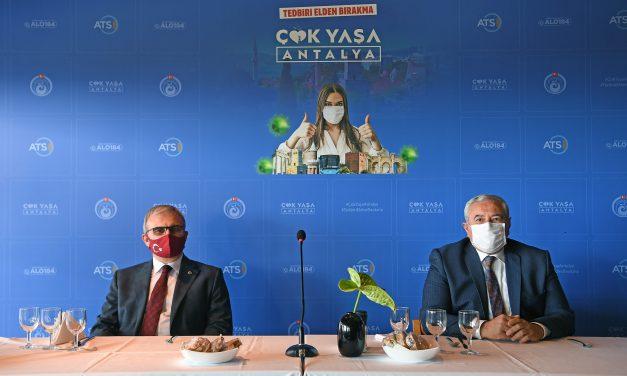 Antalya Kontrollü Sosyal Hayat'a Geçiyor